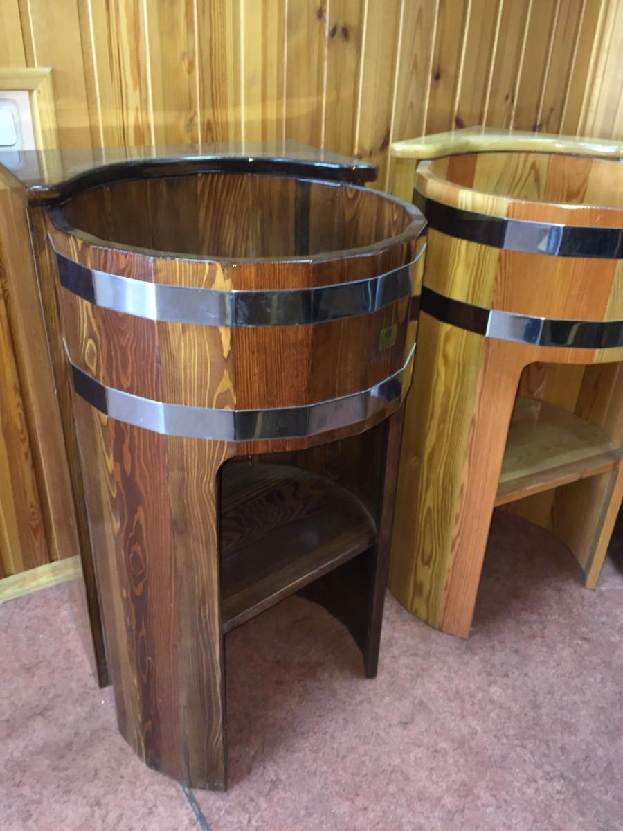 Деревянный умывальник из лиственницы (угловая стойка)